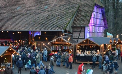 Weihnachtsmarkt auf der FloraFarm