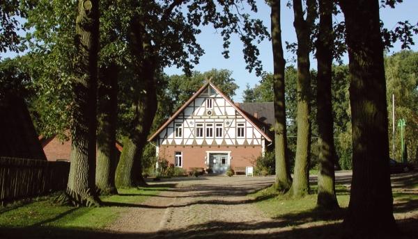 Der Helkenhof - auf diesem historischen Niedersachsenhof ist FloraFarm Ginseng angesiedelt.