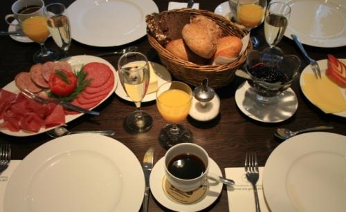 Ein stärkendes Frühstück - Gruppenangebot bei FloraFarm Ginseng.