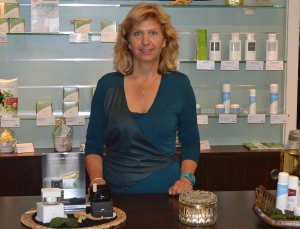 Gesine Wischmann im FloraFarm Ginseng Shop